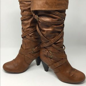WOMENS RUE21 ETC! BROWN LEATHER ZIP UP KNEE BOOTS